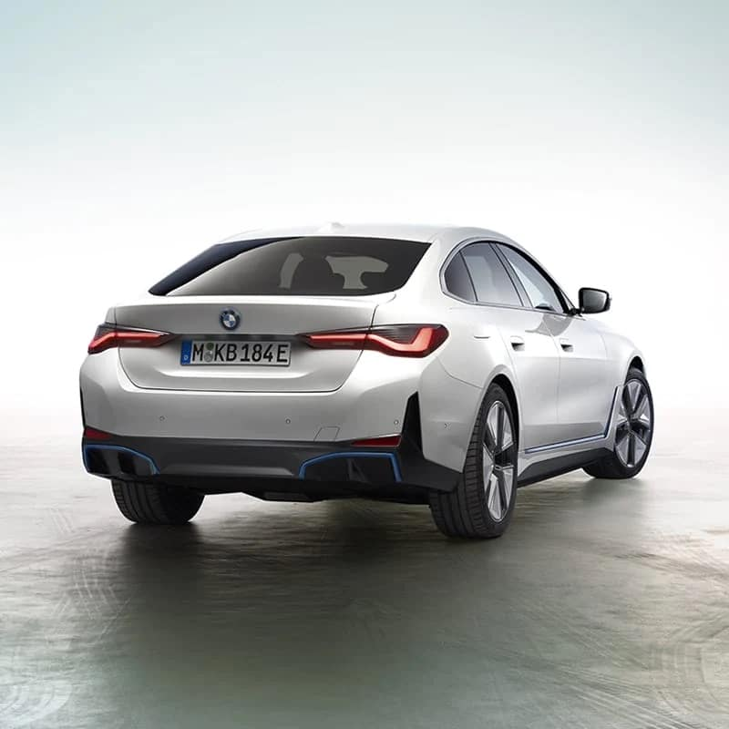 The All-New BMW i4 Superior handling.