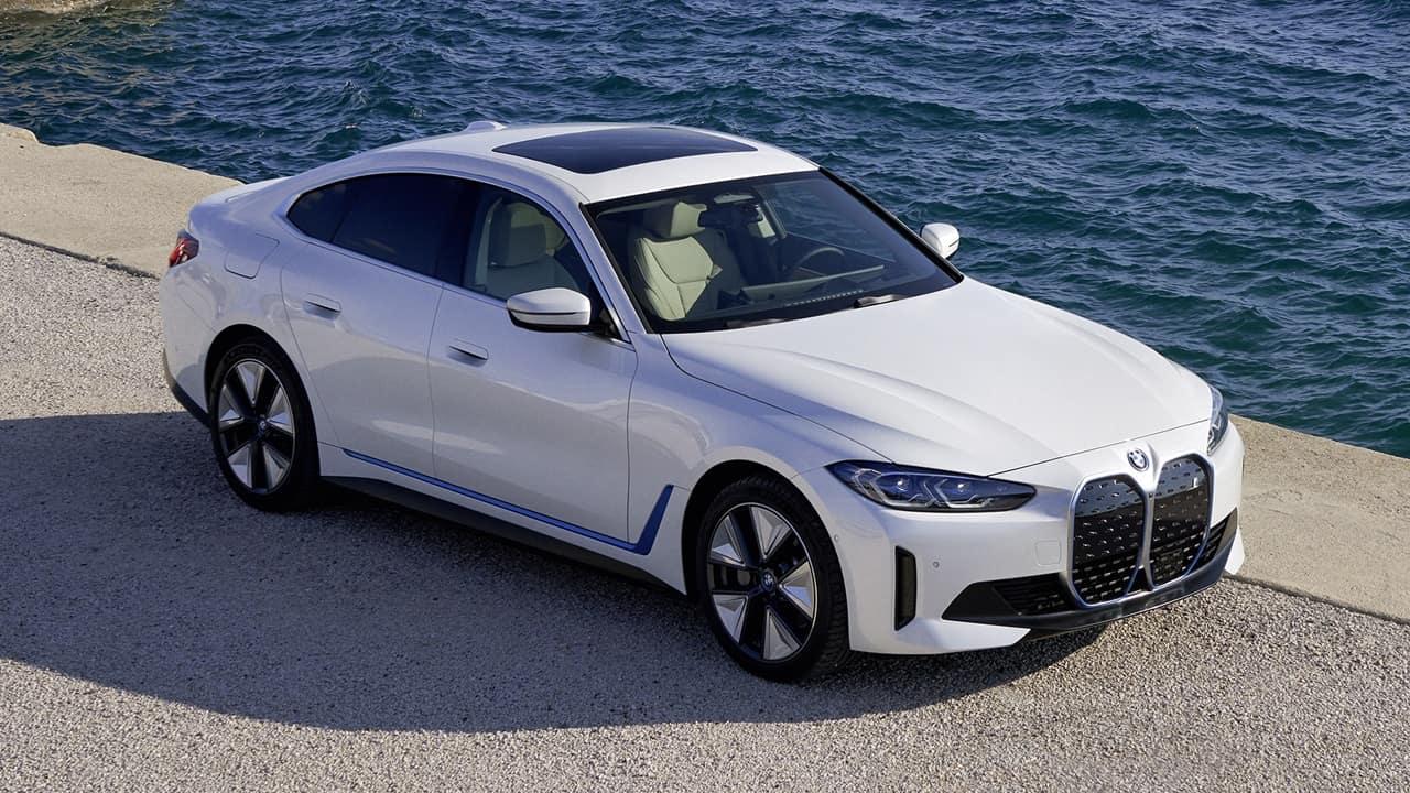 BMW iX Display Screen