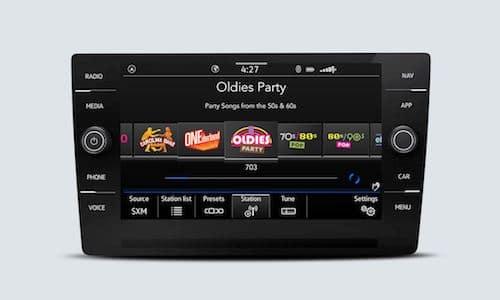 2021 Volkswagen Atlas SiriusXM with 360L touchscreen interfaces