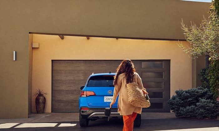 2022 Volkswagen Taos available remote start feature