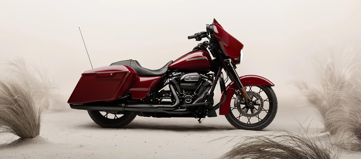 Explore the 2020 Harley-Davidson Street Glide Special near Atlanta GA