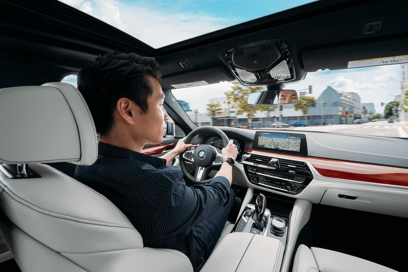 BMW 5 Series Interior Technology Lancaster PA