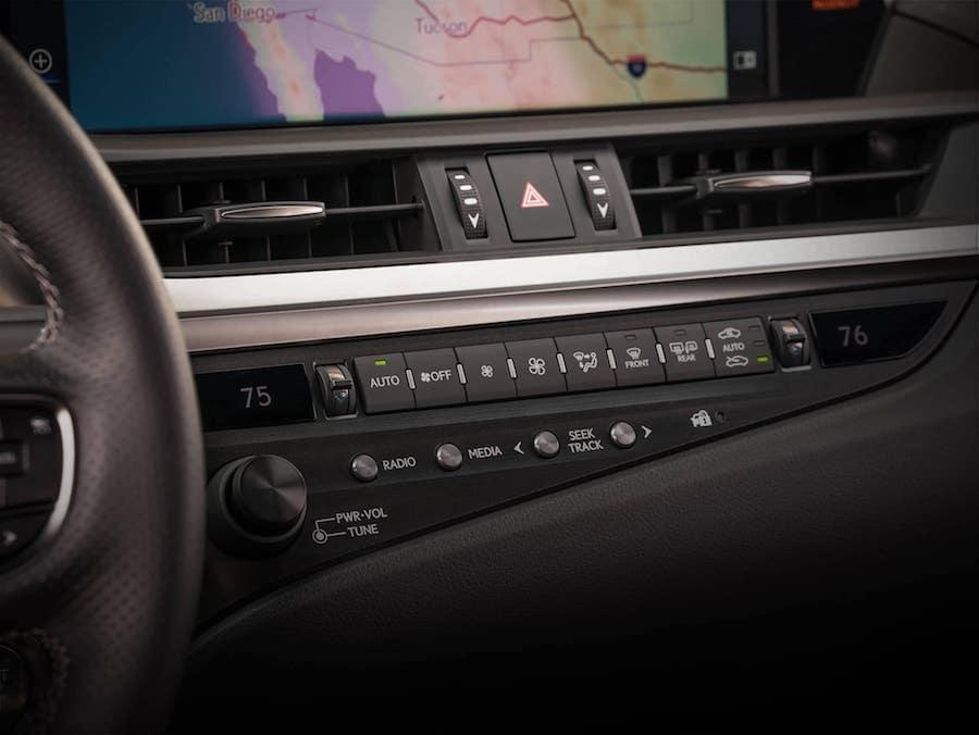 2019 Lexus ES front Interior