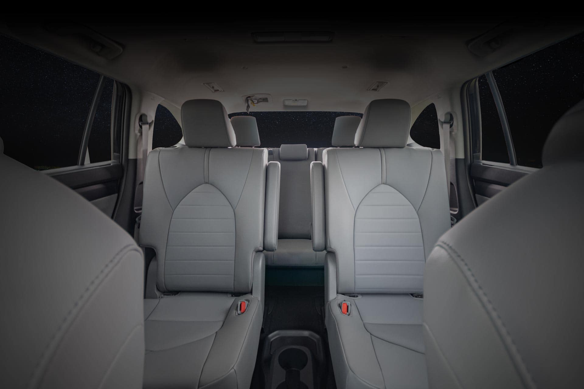 2020 Toyota Highlander three rows of seats 3rd row at Holman Automotive