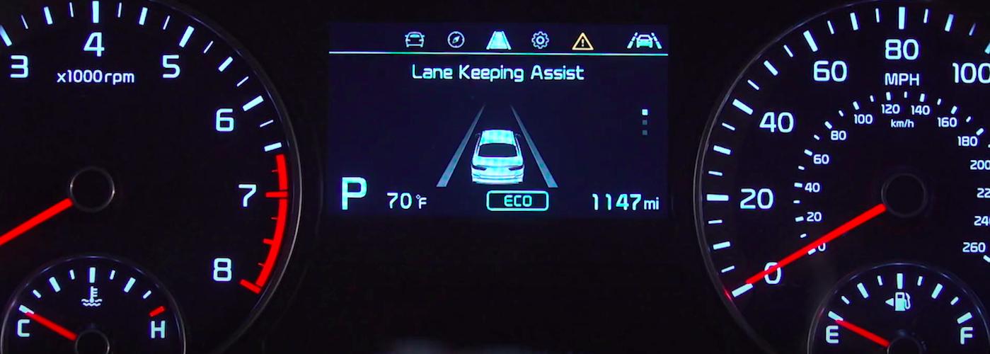 Kia Lane Keeping Assist display