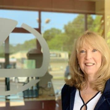 Diane  Hays