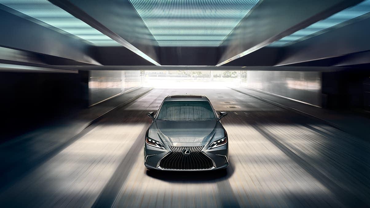 2020 Lexus ES driving