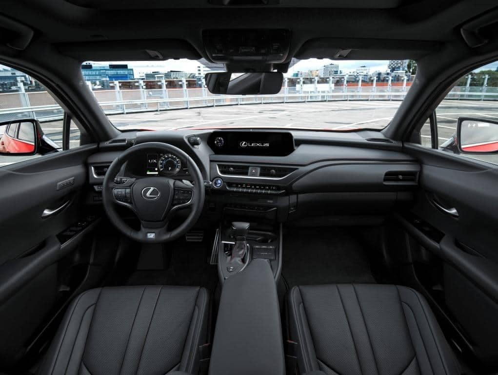 Lexus-UX-200-Interior