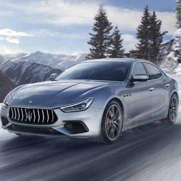 2019-Maserati-Ghibli-in-the-snow