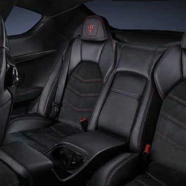 2019-Maserati-GranTurismo-back-interior