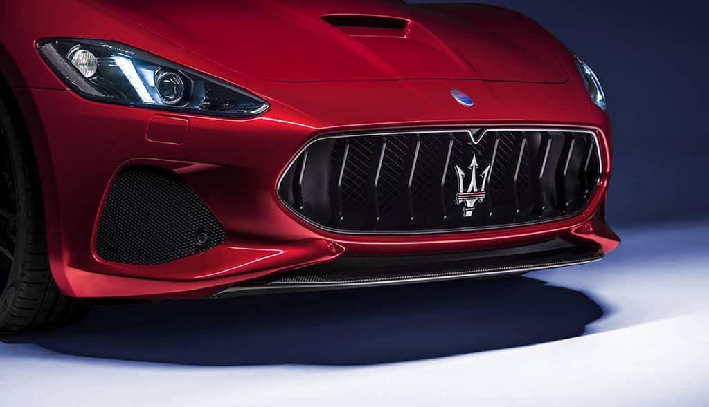 2019-Maserati-GranTurismo-front-grille