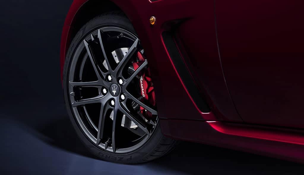 2019-Maserati-GranTurismo-tire