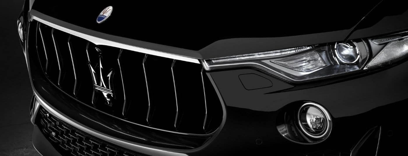 A close up shot of the grille and Maserati logo on a 2019 Maserati Levante