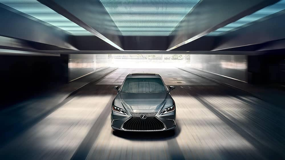 2019-Lexus-ES-main-view