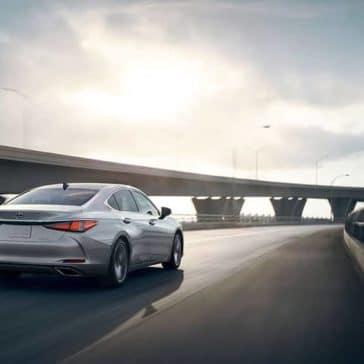 2019-Lexus-ES-rear-view