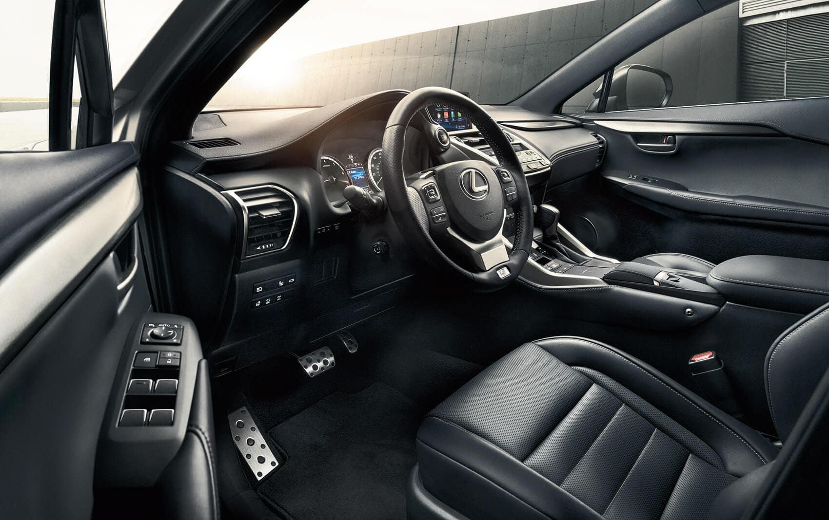 Lexus NX Tech