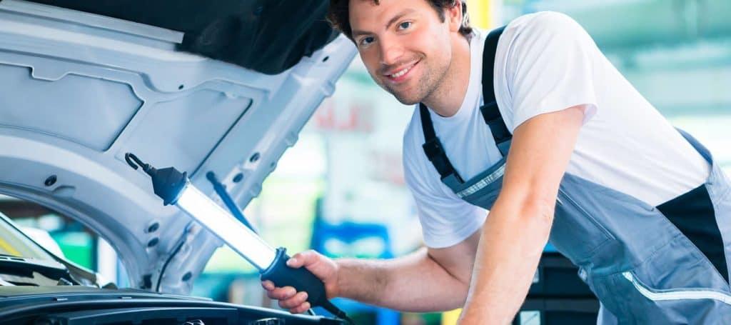 Mechanic-Looking-Under-The-Hood