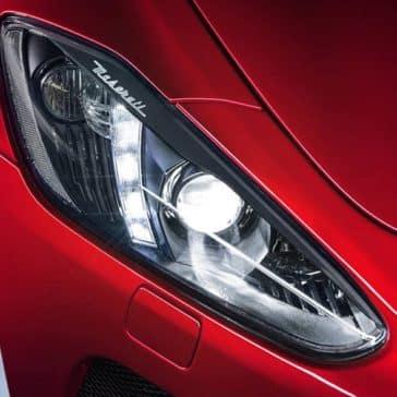 2019-Maserati-GranTurismo-headlight
