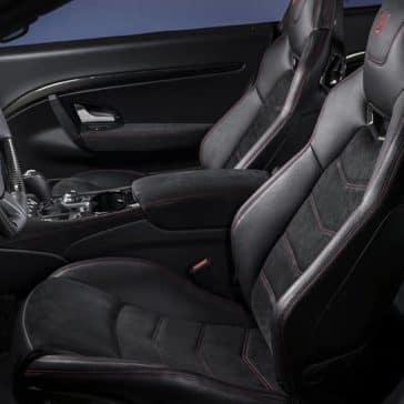 2019-Maserati-GranTurismo-front-interior