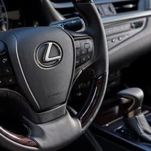 2020 Lexus ES steering wheel